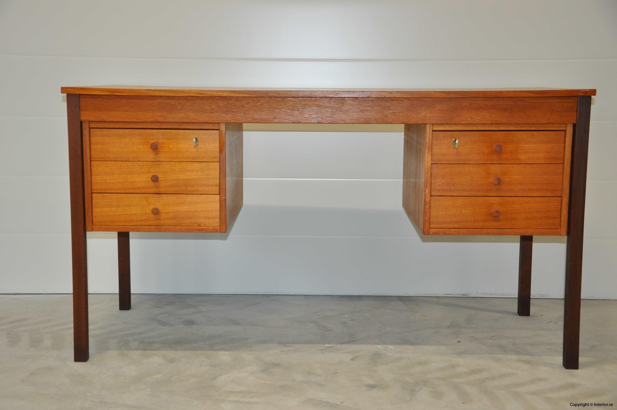 Vintage Scandinavian Desk Domino Møbler Denmark Nordic Design (2)