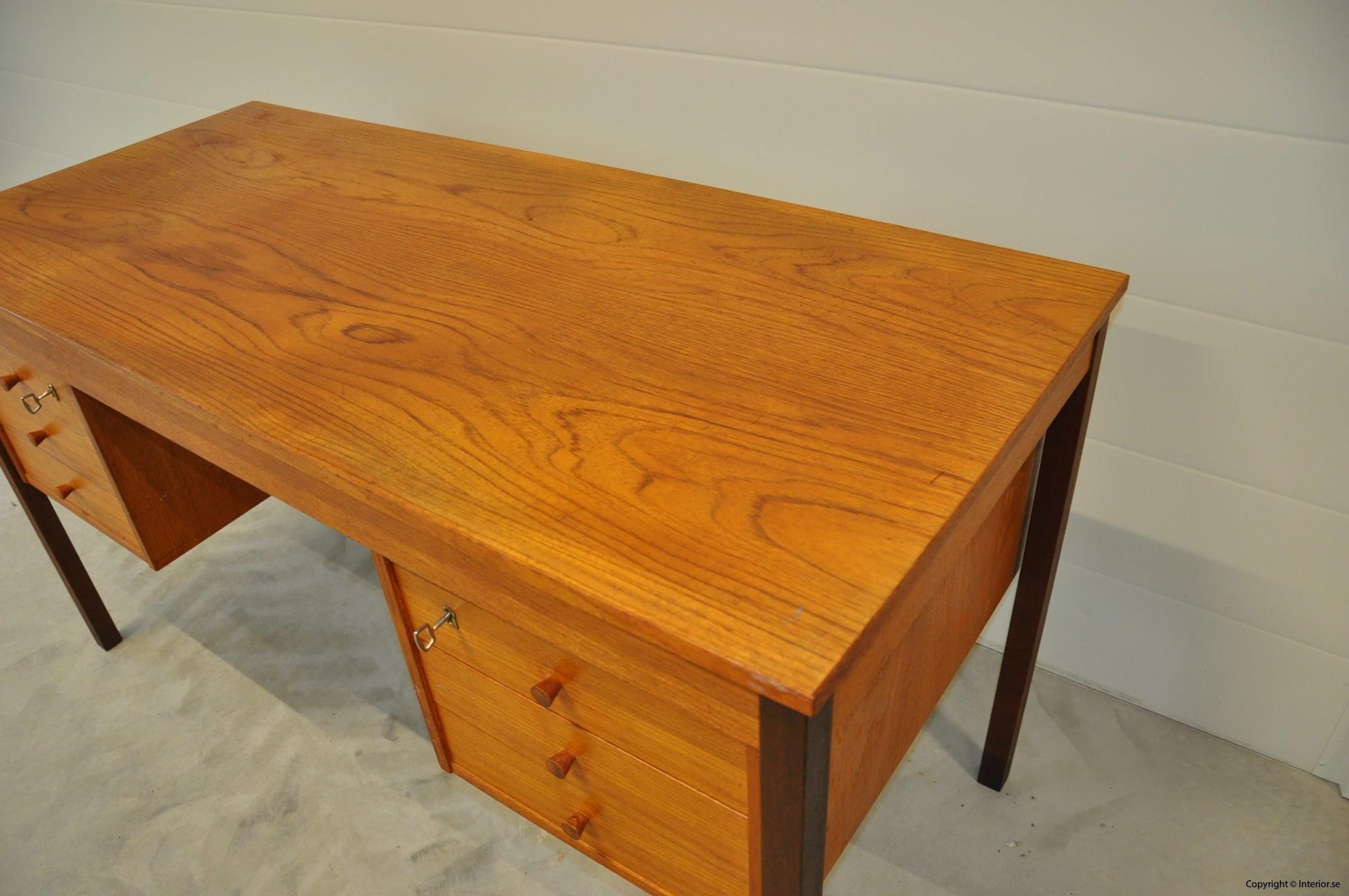 Vintage Scandinavian Desk Domino Møbler Denmark Nordic Design (11)