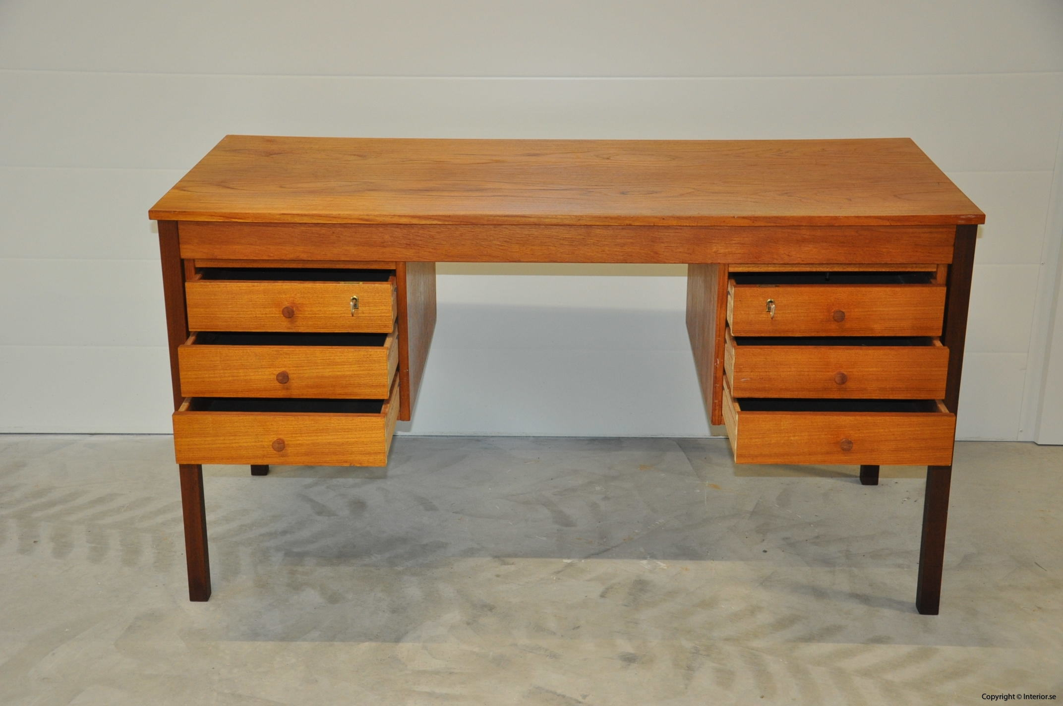 Vintage Scandinavian Desk Domino Møbler Denmark Nordic Design (4)