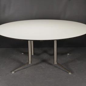 Hyr runt bord, Paustian Spinal Table
