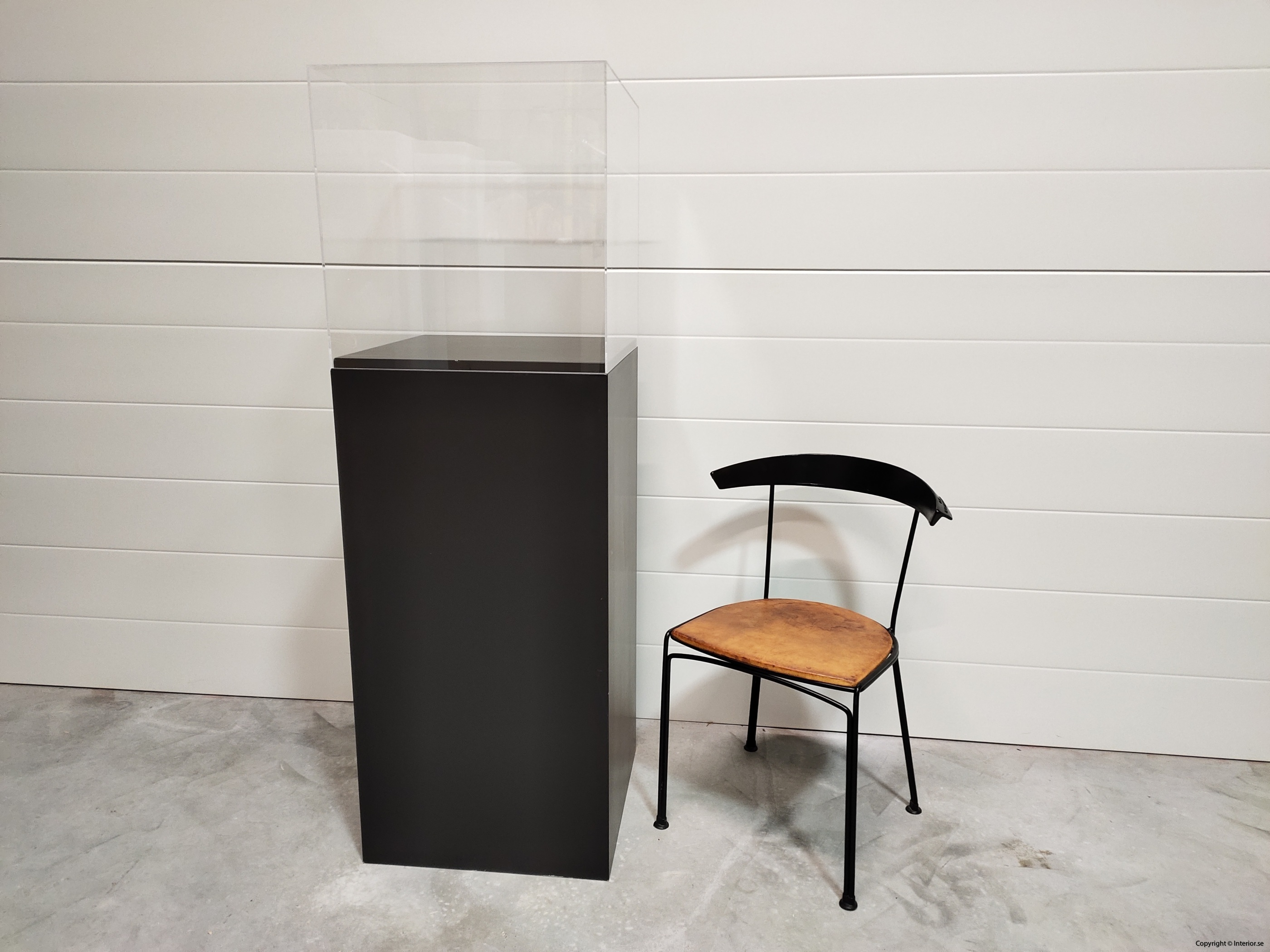 Utställningsmonter  Piedestal - 152 cm hyra monter stockholm (7)