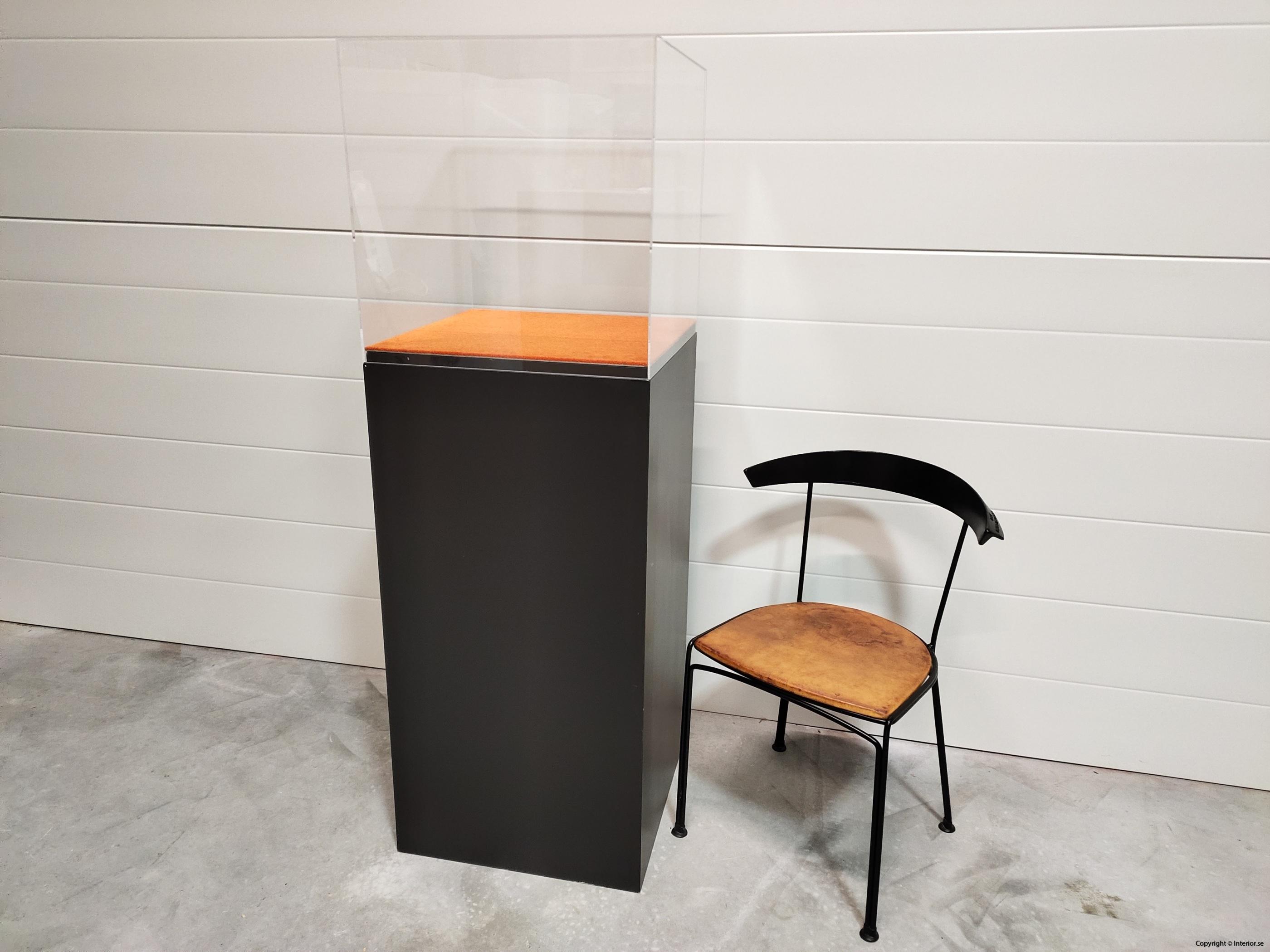Utställningsmonter  Piedestal - 152 cm hyra monter stockholm (14)