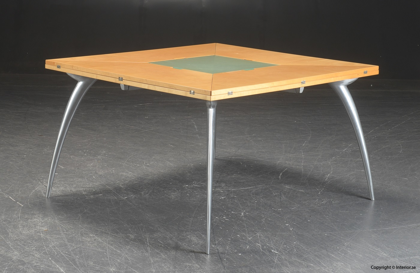 Table with foldable table tops, Tranekaer Cirkante + Magis Gran Tucano 5