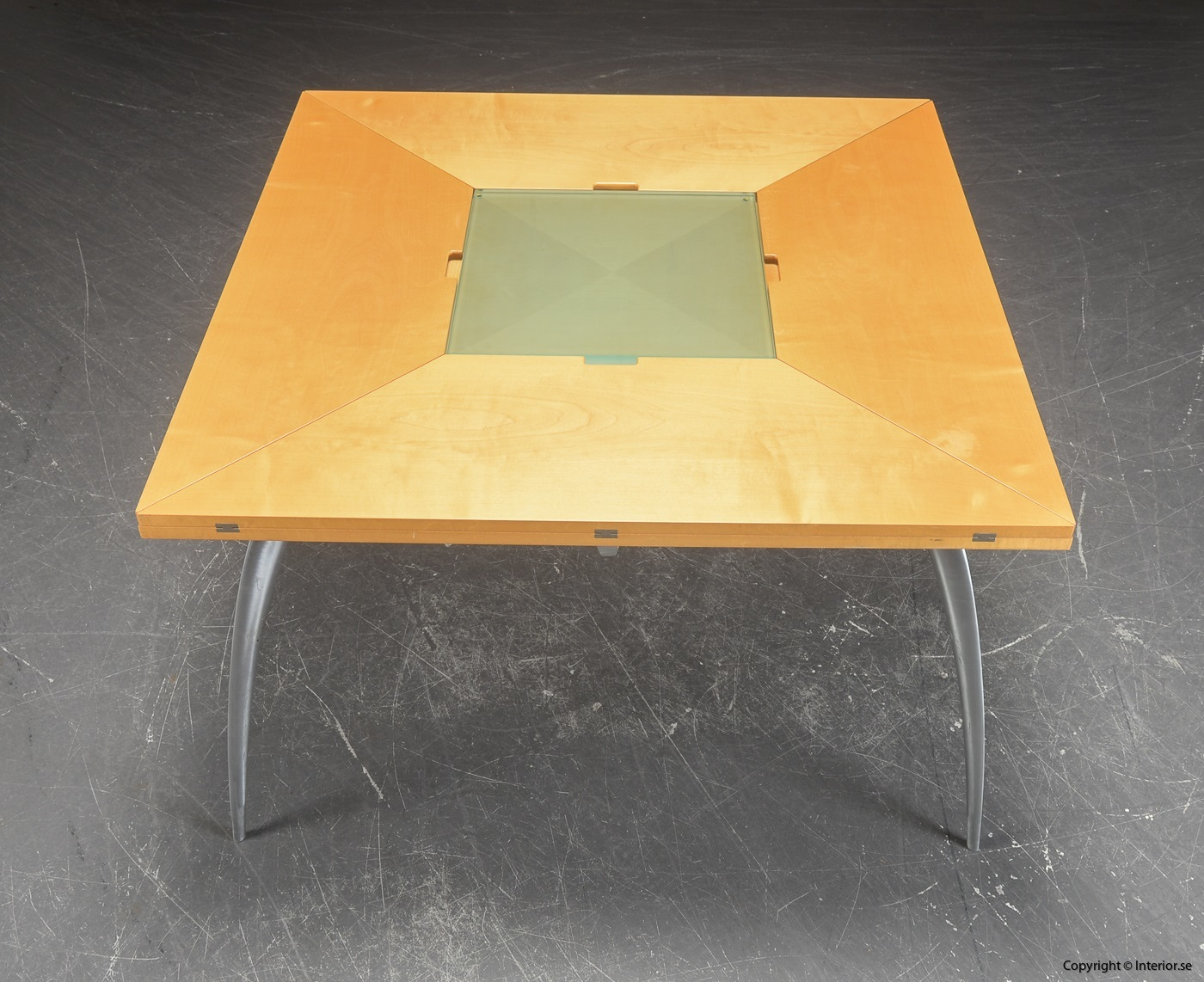 Table with foldable table tops, Tranekaer Cirkante + Magis Gran Tucano 2