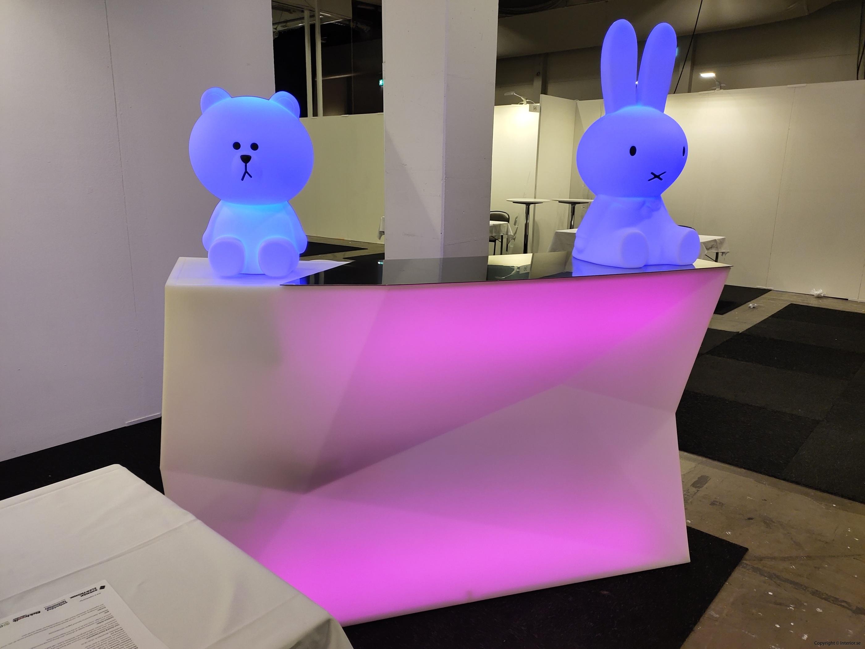 Hyra eventmöbler Stockholm event bardisk LED (3)