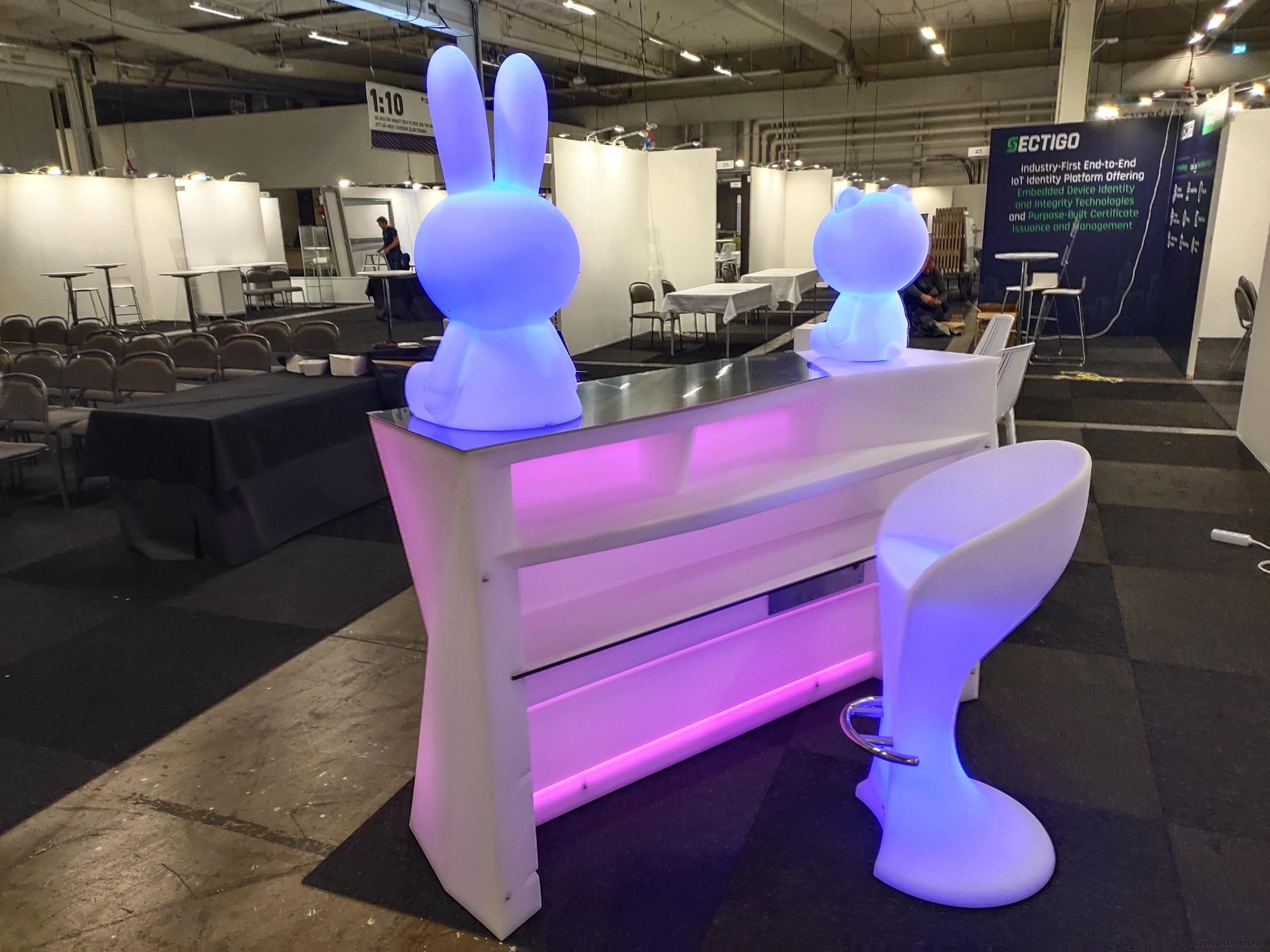 Hyra eventmöbler Stockholm event bardisk LED (5)