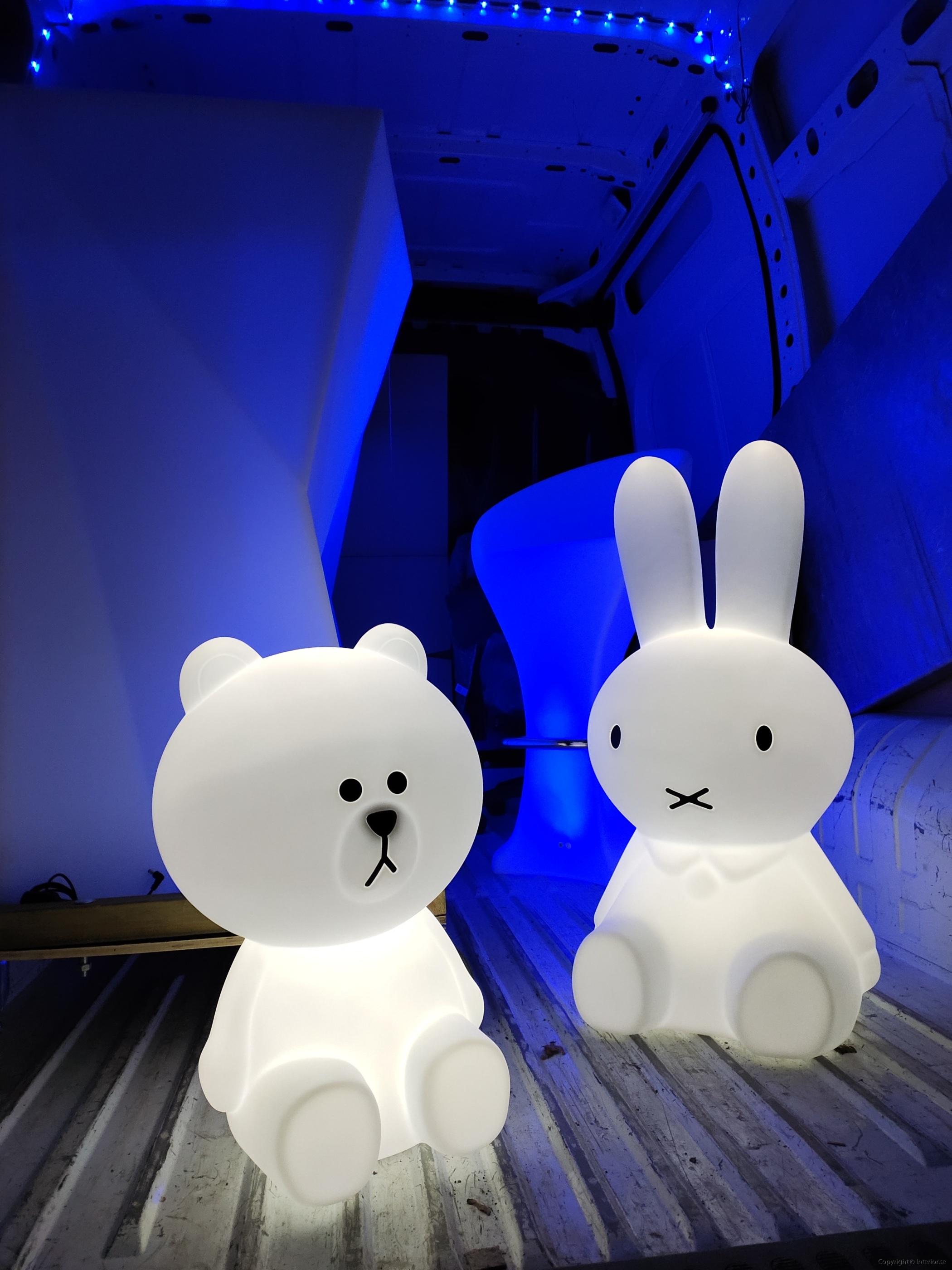 Hyra eventmöbler Stockholm event bardisk LED (9)
