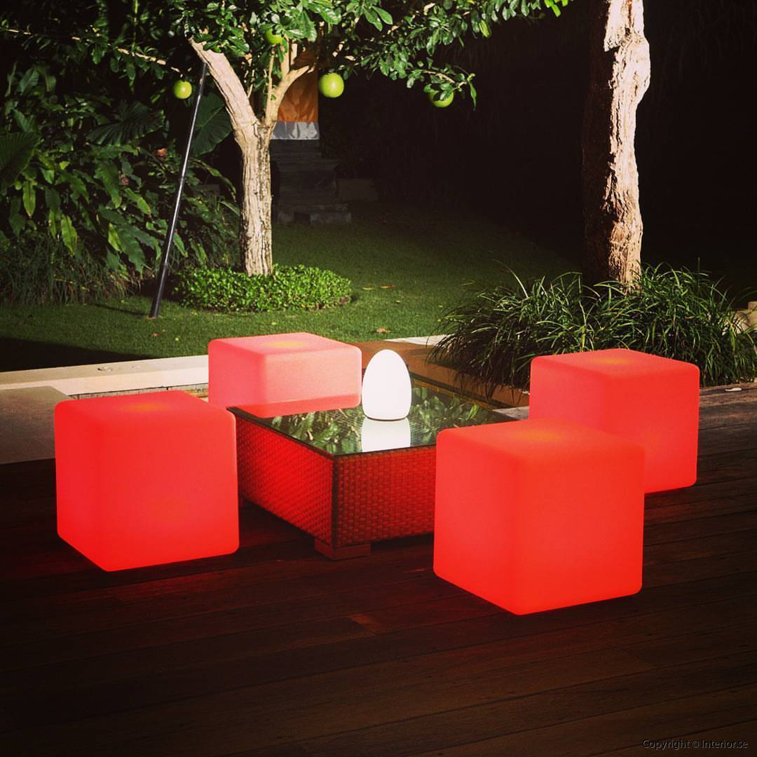 Bordslampa TABLE - Uppladdningsbar RGB LED med 16 färger hyra event möbler hyr stockholm