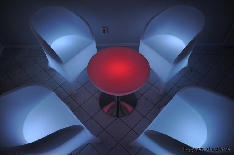 Hyr loungegrupp, 4 fåtöljer & bord - LED Uppladdningsbar stockholm eventmöbler