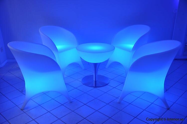 Hyr loungegrupp, 4 fåtöljer & bord - LED Uppladdningsbar stockholm eventmöbler 4