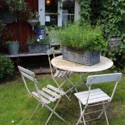 Fransk trädgårdsbord