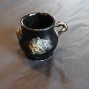 Svartglaserad keramik
