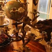 Skördestake med porslinsblomster