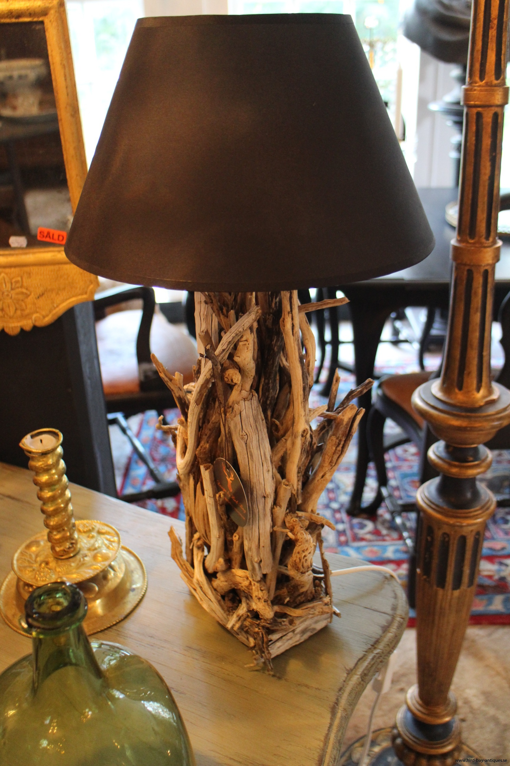 drivved bordslampa