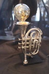 Mini trumpetlampa