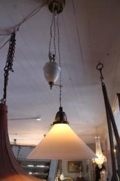 Skomarkarlampa med porslinshiss
