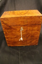 Brännvinsschatull
