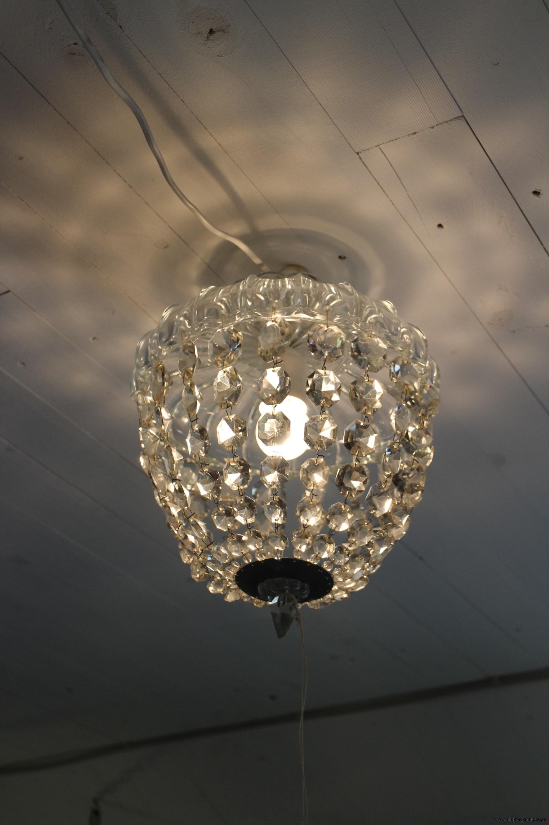 ljuskrona kristallboll