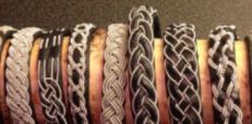 Smycken i tenntråd/läder