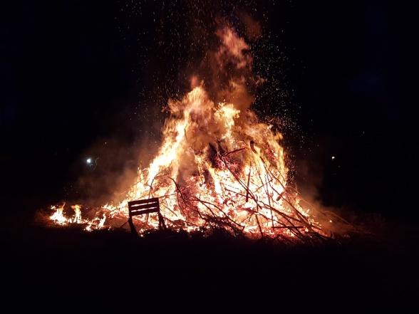 Elden värmde gott