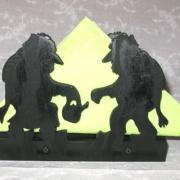 Brevställ / servetthållare med troll