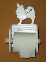 Halländskt hantverk Toalett rulls hållare i trä Svart målad Motiv efter kunds önskan