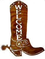 Halländskt hantverk Western boots utsågad i trä Brun betsad ca 36x28 cm