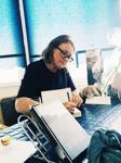 Signering av kvinnliga deckarförfattaren C T Karlsson i debutboken Falkenbergsmorden Bittert svek