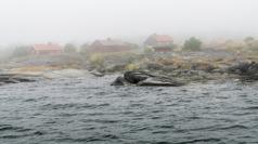Stockholms utskärgård i dimma