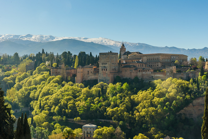 Alhambra, med Sierra Nevada.
