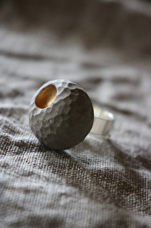 Ring Raw gold concrete (Stor sten) -
