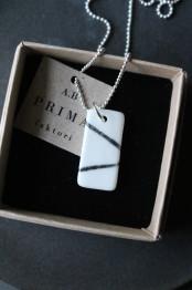 Halsband porslin/silver line