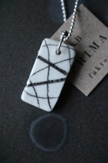 Halsband porslin/silver Stripe -