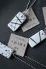 Halsband porslin/silver Stripe