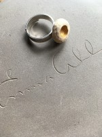 Ring RAW gold white (Medium stone)