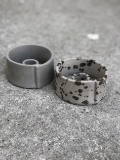Ljusstake Raw concrete stains -