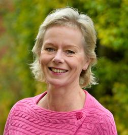 Handledare & konsult i Psykosocialt arbete. Leg. psykoterapeut Marianne Haraldsson i Halmstad, Hallandger handledning i Psykosocialt arbete för arbetsgrupper som möter människor i utsatta positioner