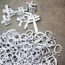 Baoobaoos metallbeslag tillverkas efter våra egna anväisningar