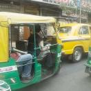 Ett myller av fordon och tusentals tutande trafikanter