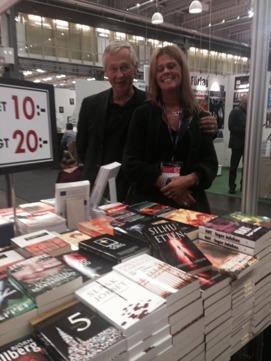Tre Böckers monter. Där fanns mina två första böcker till försäljning BILLIGT!