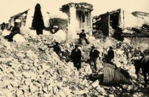 Raserade hus i Arenas del Rey 1884 där 135 personer miste livet. Bild från Sydkusten.