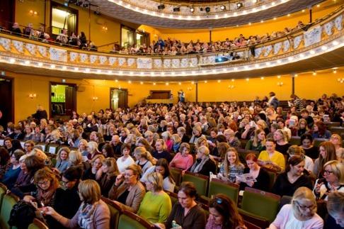 Över 600 personer i publiken!