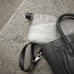 memobottle A5, svart handväska