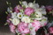 Rosa Pioner, vita kvistrosor, vit prrieklocka. vår/sommar bröllop i Varberg Halland