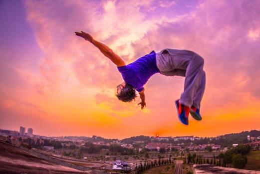 Parkour är en mångsidig och spännande sport som alla borde få möjlighet att träna i en förening