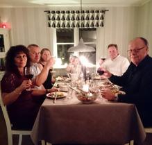 Marie och Claes, Nina Johan och Linnea var hos oss på Nyårsmiddag. Supertrevligt :)!!