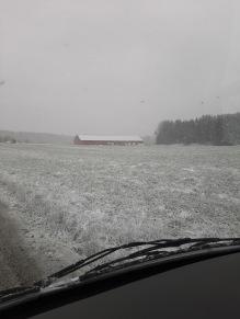 200513 Jisses vilket snöoväder !