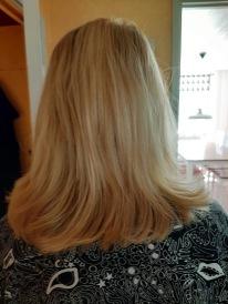 Mamma 77år har fantastiskt fint hår eller hur ! Ser så starkt och fint ut.