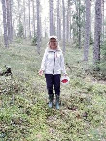 200915 Äntligen en em i skogen med mamma :) Härligt !!