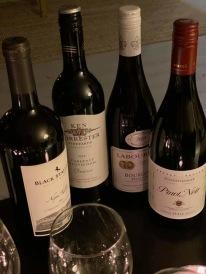 kvällens viner som avnjöts och bedömdes noga och mycket :)